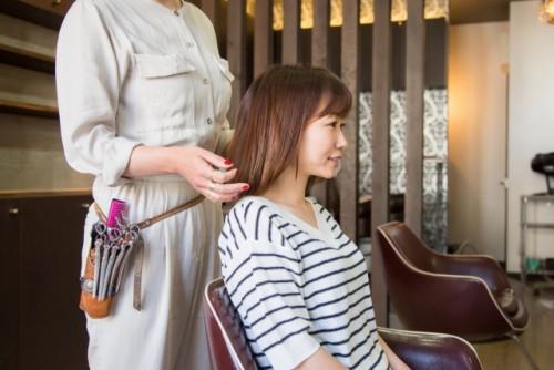 【簡単】美容師から転職するならこの7種類の仕事!オススメ順に紹介